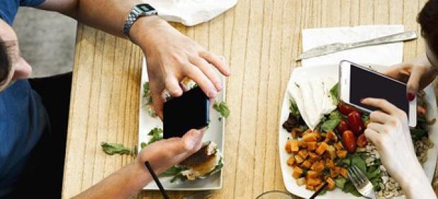 Comida y móviles