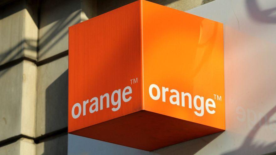 Orange protesta en la CNMC por los precios que impone Telefónica para emitir el fútbol