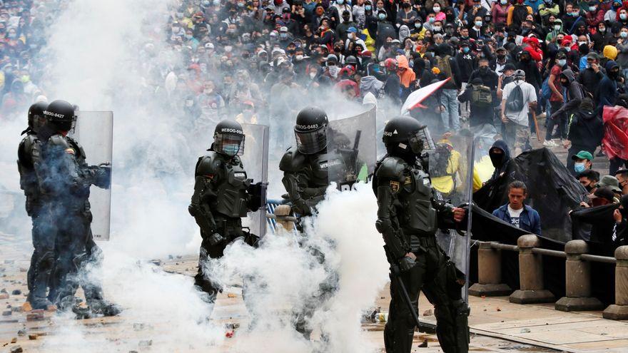 Dos muertos en las protestas en Colombia contra la reforma fiscal del Gobierno