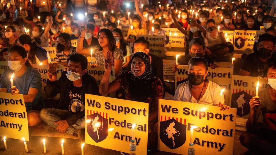 La junta militar de Myanmar prohíbe los canales de televisión extranjeros por satélite bajo pena de prisión