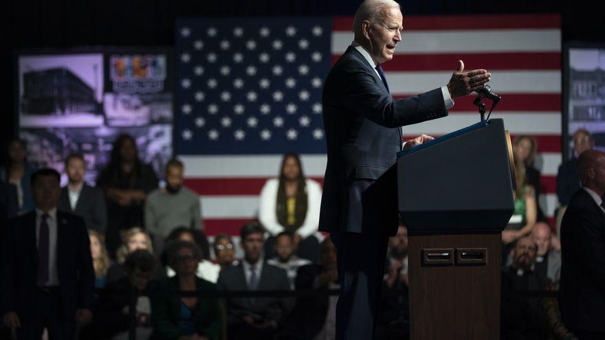 Biden anuncia medidas contra la brecha económica entre negros y blancos en EEUU