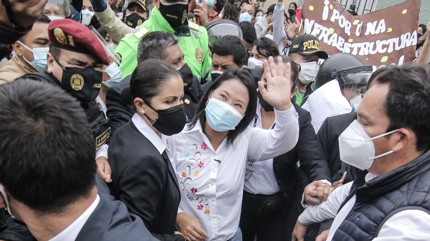 Keiko Fujimori lidera el recuento oficial en las elecciones peruanas a falta de contar los votos de las zonas rurales