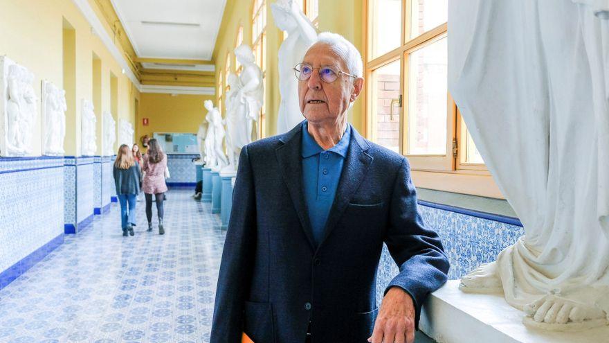 Muere Tomás Llorens, el historiador del arte que priorizó la dignidad a la taquilla en los museos