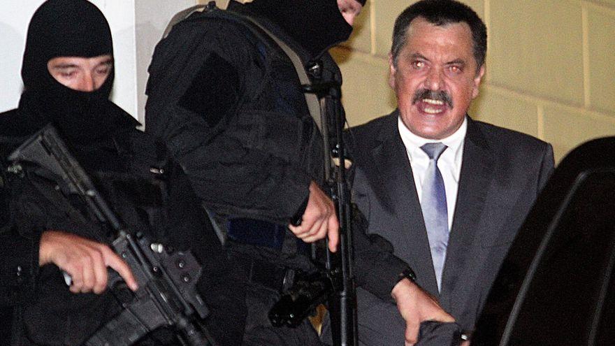 Detienen al número dos del partido griego neonazi Amanecer Dorado, fugado desde hace nueve meses