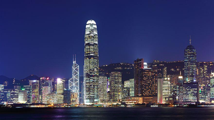 Facebook, Twitter y Google amenazan con dejar Hong Kong ante posibles