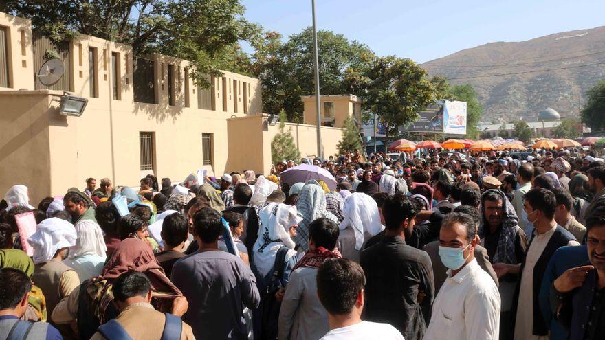 La OTAN afirma tras el atentado en Kabul que su prioridad es